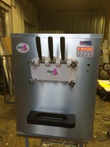 nouvelle-machine-a-glace-italienne-comptoir-gris